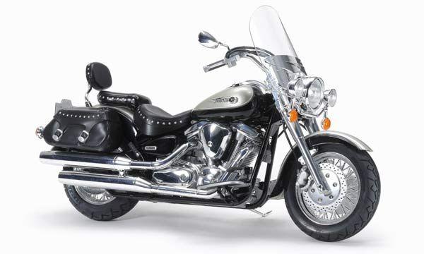 YAMAHA MOTO XV1600 ROAD STAR CUSTOM TAMIYA 14135 SYRACOM MODELISME ESLETTES ROUEN NORMANDIE