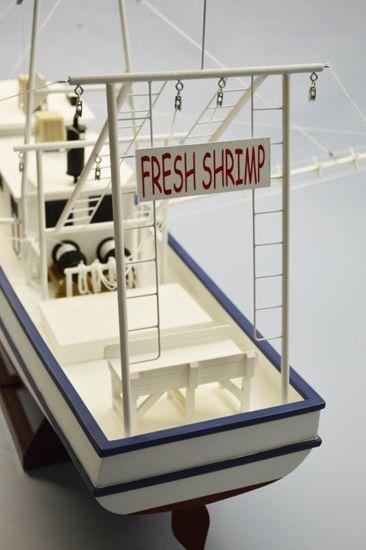 bateau_de_peche_a_la_crevette_rusty_shrimp_boat_r_c_s1251271_syracom_modelisme_eslettes_rouen_avion_voiture_quadricoptere_voilier_maquettes_balsa
