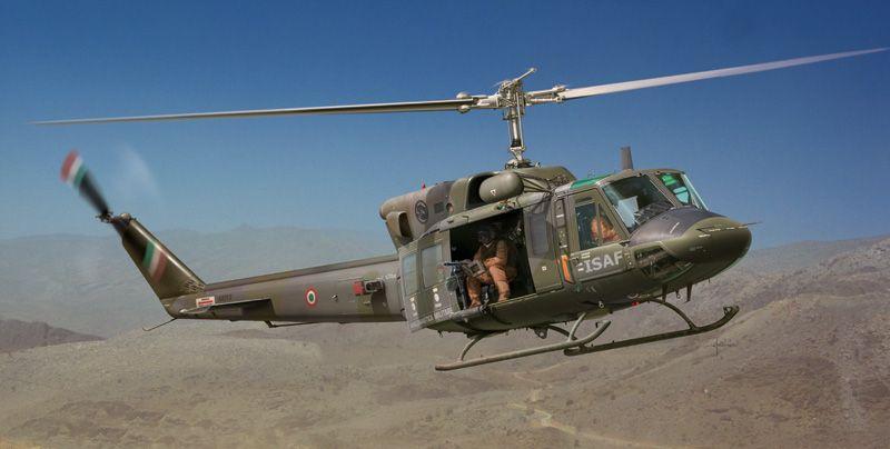 HELICOPTERE BELL AB 212  UH 1N  ITALERI  2692 SYRACOM MODELISME ESLETTES ROUEN NORMANDIE