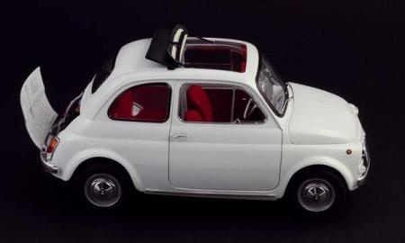 maquette a construire italeri fiat 500F VERSION 1968 BLANCHE  syracom modélisme eslettes rouen normandie